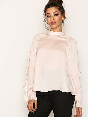 Blusar - NLY Trend Flounce Sleeve Blouse Creme