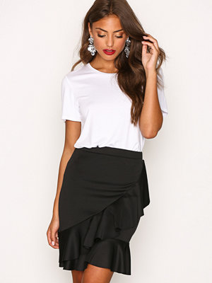 Kjolar - NLY Trend Frill Skirt Svart