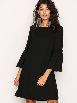 Only onlJOY 7/8 Flare Dress Wvn Svart