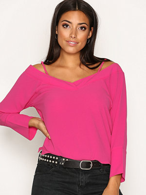 Blusar - NLY Trend Loose Shoulder Blouse Fuchsia