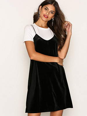 Only onlTARA S/S Double Dress Jrs Svart