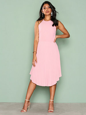 NLY Eve Lace Midi Gown Rosa