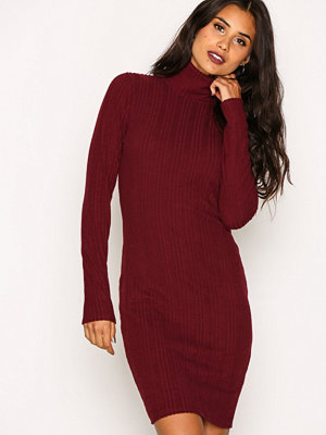 NLY Trend Overfold Brush Rib Dress Wine