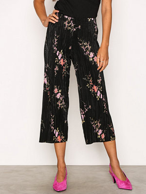 New Look mönstrade byxor Plisse Crop Trousers Black