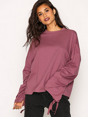 NLY Trend Wide Rouche Sleeve Sweat Lila
