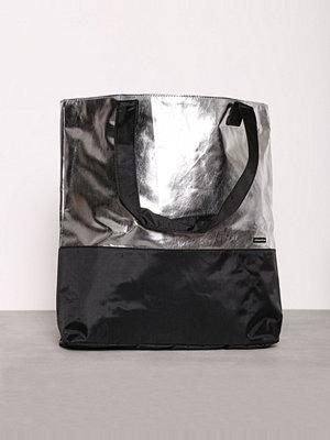 Sport & träningsväskor - Röhnisch Ilse Bag Silver