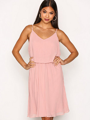 Pieces Pctrine Slip Dress D2D Rosa