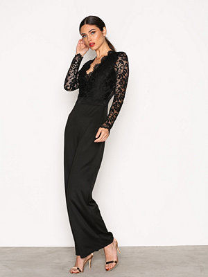 NLY One Lace Plunge Jumpsuit Svart