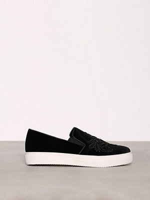 New Look Velvet Slip On Black