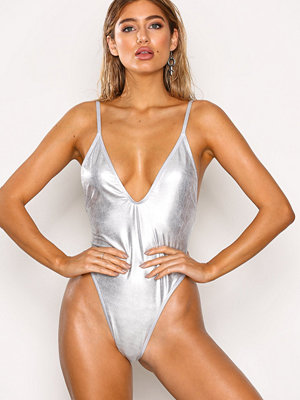 NLY Beach Girl Power Swimsuit Silver