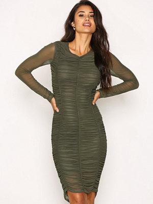 NLY Trend Ruched Mesh Dress Mörk Grön