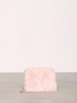 Plånböcker - New Look Faux Fur Cardholder Pink