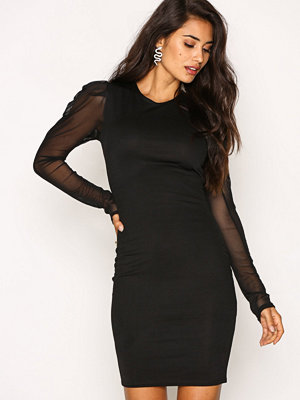 NLY Trend Puff Mesh Shoulder Dress Svart