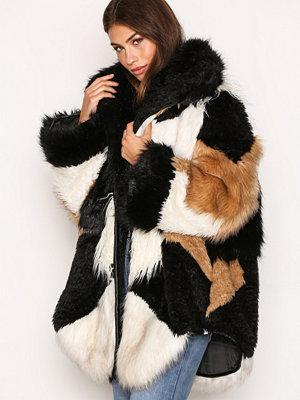 One Teaspoon Heartshaker Faux Fur Jacket Black/White