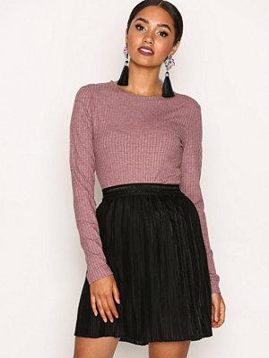 Sisters Point Vaks Skirt Black