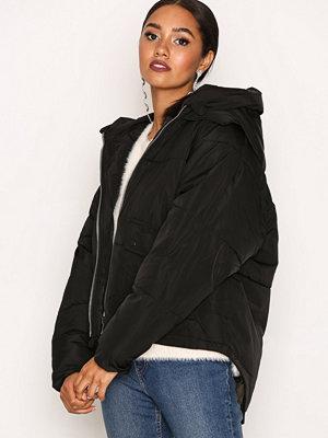 Only onlGINA Oversized Nylon Jacket Otw Svart