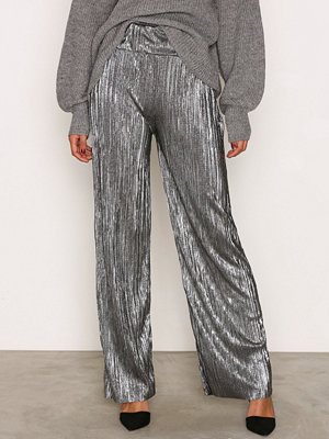 NLY Trend grå byxor Pleated Metallic Wide Pants Silver