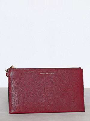 MICHAEL Michael Kors Mercer LG Zip Clutch Mulberry