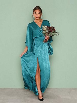NLY Eve Kimono Sleeve Gown Mörk Grön