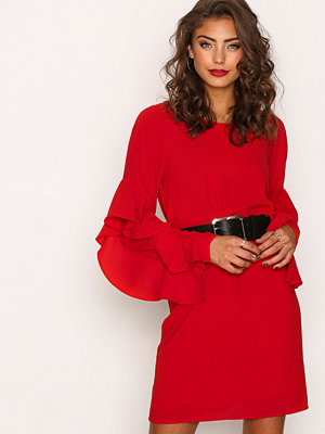 NLY Trend Ruffle Sleeve Dress Röd
