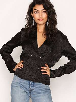 NLY Trend Picture This Blouse Svart
