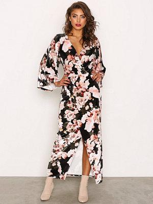 NLY Trend Velvet Kimono Dress Flowers