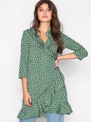 Vero Moda Vmhenna Dot 3/4 Wrap Dress Exp Grön
