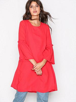 Only onlJOY 7/8 Flare Dress Wvn Röd