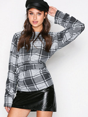 NLY Trend Tie Check Top Rutig
