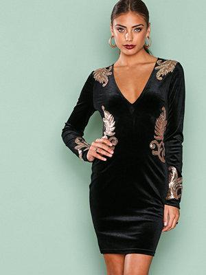 NLY One Decore Velvet Dress Svart