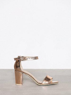 NLY Shoes Block Mid Heel Sandal Roséguld