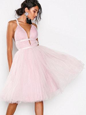 Chi Chi London Ivonette Dress Pink