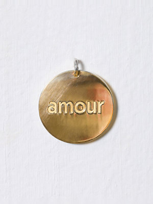 Blue Billie smycke Big Amour Charm Guld