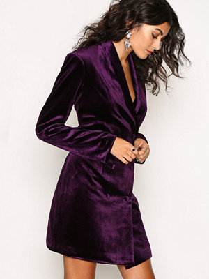 NLY Trend The Suit Dress Lila