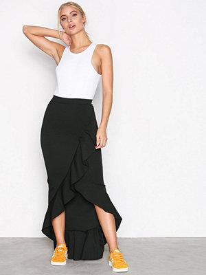 Missguided Scuba Ruffle Maxi Skirt Black