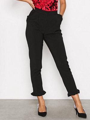 Glamorous svarta byxor Amanda Frill Hem Trousers Black