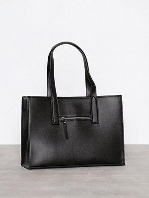 Handväskor - Pieces Pcrolly Bag Svart