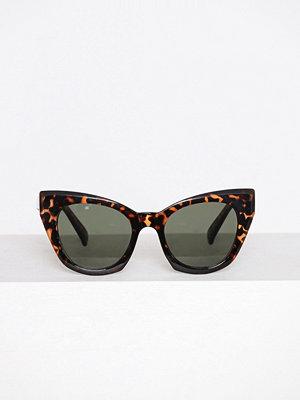 New Look Cat Eye Sunglasses Chocolate