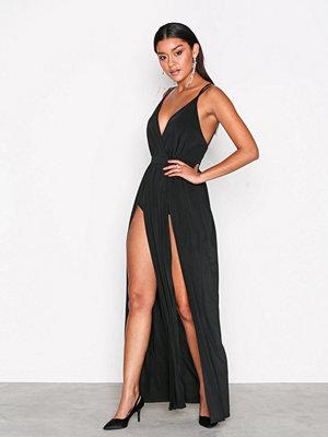 Festklänningar - NLY One Double Slit Maxi Dress Svart