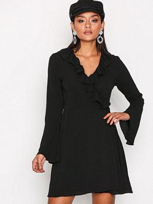 Glamorous Short Sleeve Chiffon Dres Black