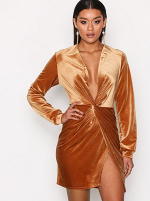 NLY One Thigh Slit Oversize Dress Cinnamon
