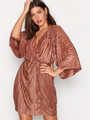 NLY Trend Knot Pleat Kimono Dress Bronze