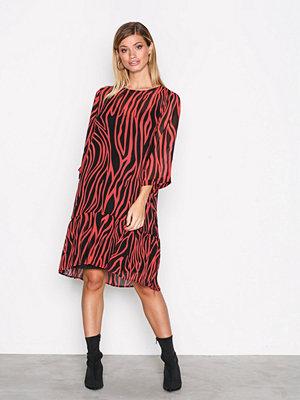 Selected Femme Sfaggy 3/4 Dress Ofw Röd
