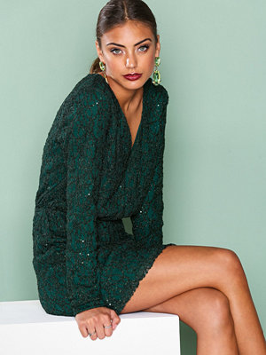 NLY Trend Sparkly V Neck Dress Grön