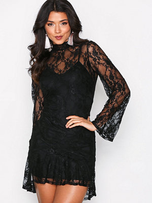 Missguided Sheer Lace Frill Hem Dres Black