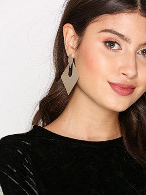 NLY Accessories örhängen Sandblast Square Hoop Earrings Guld
