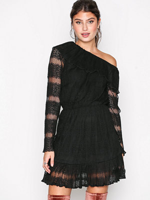 Missguided Lace One Shoulder Dress Black