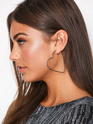 NLY Accessories örhängen Heart Hoop Earrings Silver