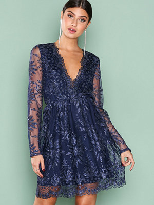 NLY Trend Exclusive Dress Mörk Blå