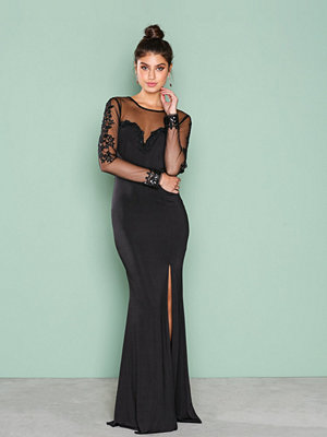 NLY Eve Deep Heart Mesh Gown Svart